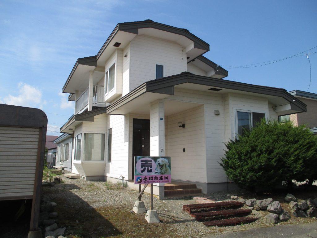 帯広市西18条南3丁目47番5号 <br />中古住宅